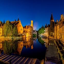 Uitzicht op Brugge over de Dijver