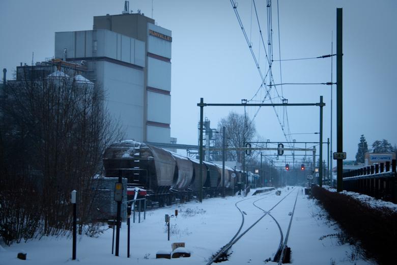 Station Barneveld met sneeuw -
