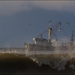 Kotter op zee.