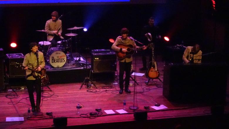 Bootleg Beatles - Bootleg Beatles in Utrecht: Kei hard maar steen goed!