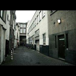 Den Haag alley