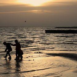 Nog even spelen op het strand