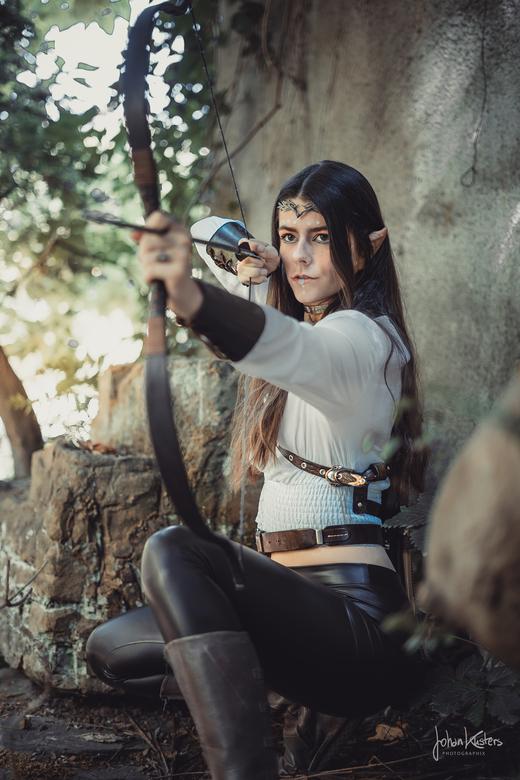 Eva - Titel: Middle-Earth Elf! <br /> Model: Eva Neuroth <br /> Foto/edit: JohanKustersPhotographix