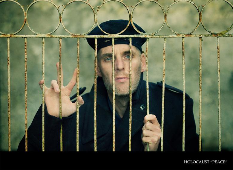 Holocaust &quot;peace&quot; - Uit de serie holocaust<br /> <br /> de laatste uit de serie <br /> <br /> &quot;waneer komt er vrede&quot;<br /> <b