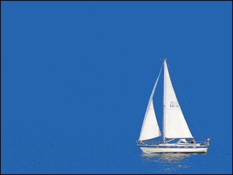 Blue water sailing - Zeiljacht voor Scheveningen