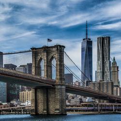 Brooklyn Bridge en Tower 1