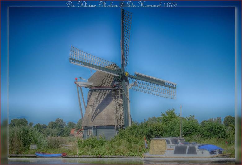 De Kleine Molen - De Hommel 1879 - De Kleine Molen of De Hommel is een in 1879 gebouwde poldermolen aan de Hommeldijk in Haarlem. In 1972 en 1991 is d