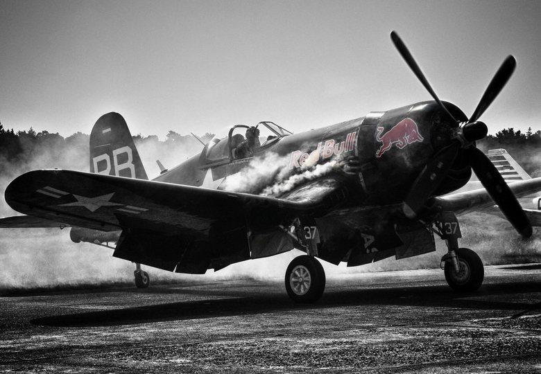 Flying Bulls Vought F4U-4 Corsair - Flying Bulls Vought F4U-4 Corsair.