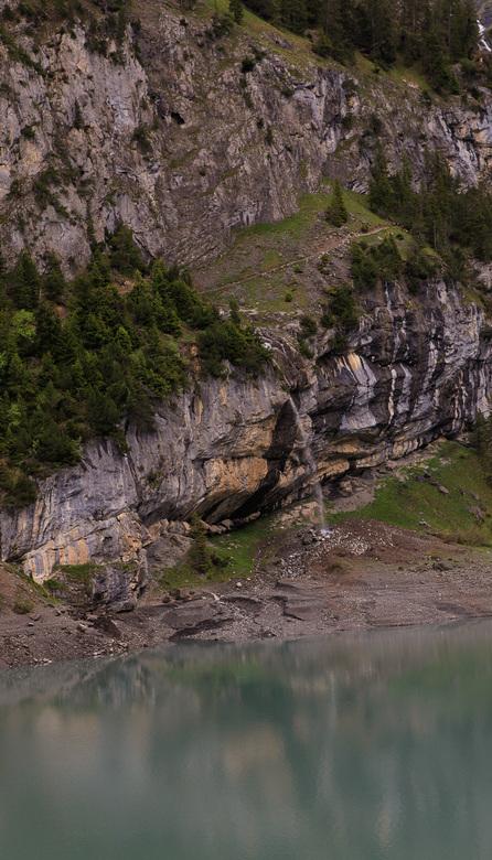 Waterval oeschinensee - Net terug uit Zwitserland, toch maar zo&#039;n berg kam op gelopen, en t was ieder spierpijntje waard!!<br />