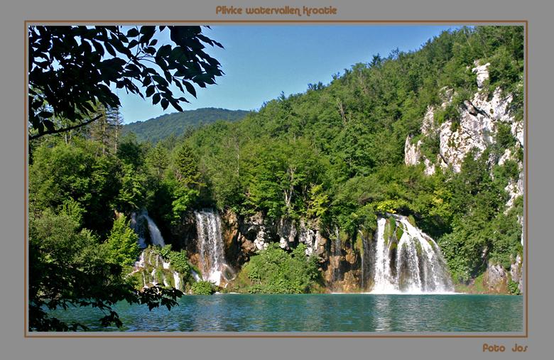 Plivice watervallen Kroatie - Deze watervallen liggen in het nationaal park -beschermd als werelderfgoed - Plivice. Je kunt hier een wandeling van 2 t