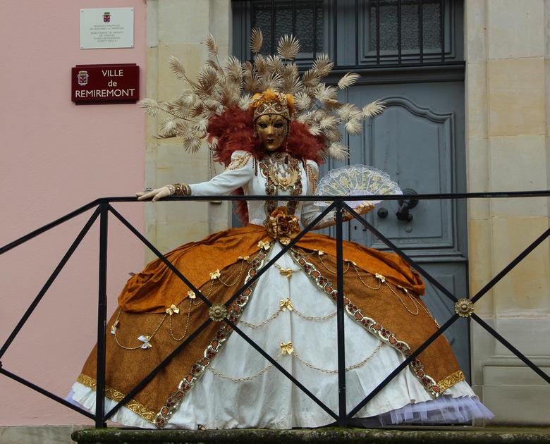 """Venetiaans Carnaval - Ieder jaar wordt er in Frankrijk in verschillende steden een """"Carnaval Vénitien"""" gehouden. Sinds ik hier woon, ben ik"""