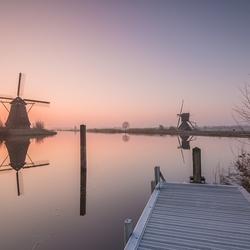 Cold sunrise Kinderdijk
