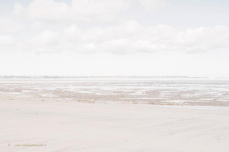 Helemaal alleen op het strand....heerlijk . . .