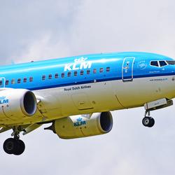 KLM Boeing 737-7K2 PH-BGW