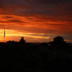 zonsondergang op Tiengemeten