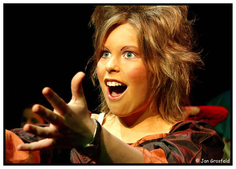 Speelplezier - Tijdens de uitvoering van Tovertwist door Jeugdtheater Archimedes. April 2006 te Schijndel