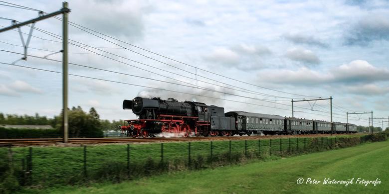 Stoomloc 23 071 - Stoomloc 23 071 van de Veluwsche Stoomtrein Maatschappij tijdens de stoomtreindagen op het traject Rotterdam (stoomdepot) - Goude Go