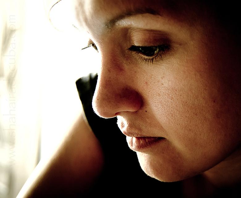 Jessica - Laatste tijd aan het experimenteren met portret fotografie. Dit is een poging..<br /> <br />