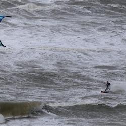 P1090374-storm zee