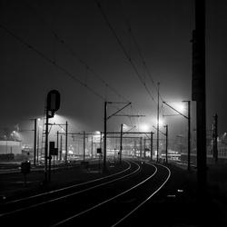 Mist en treinrails.