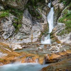 Een waterval in Annaberg im Lammertal