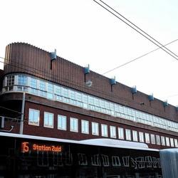 15 Station Zuid
