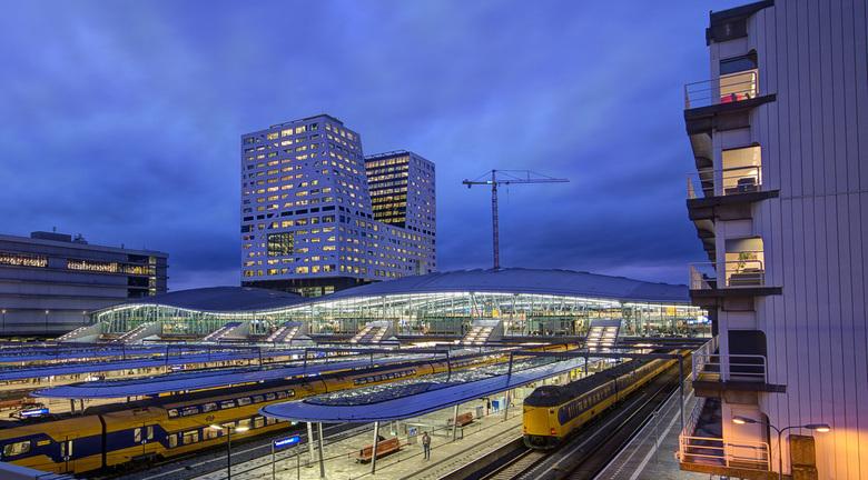 Utrecht - Centraal Station vanaf Moreelsebrug - 01 - Utrecht - Centraal Station vanaf Moreelsebrug - 01
