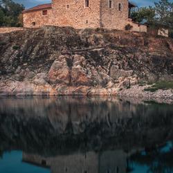Huis op een rots