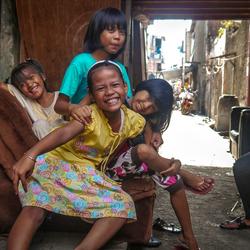 Happiness in sloppenwijk Jakarta
