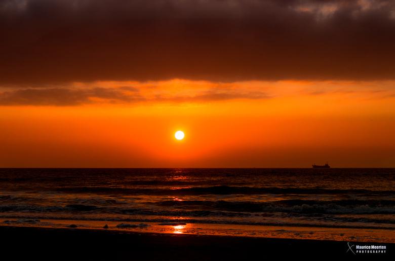 Zonsondergang aan zee - Zonsondergang aan zee
