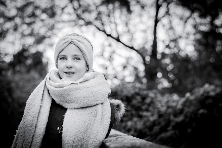 Elise - Nikon 50 mm 1.8G