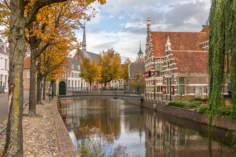 Herfst in Amersfoort - Museum Flehite omgeven door de herfst