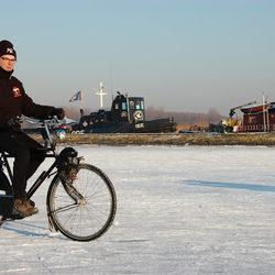 Fietsen op het ijs