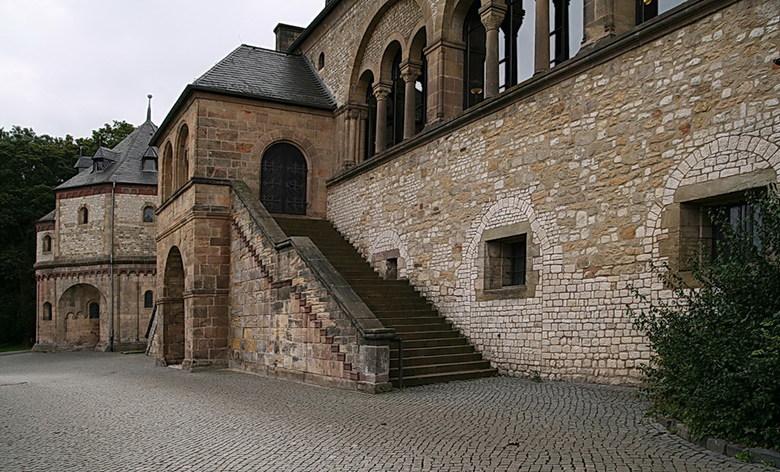Keizerlijk paleis. - Een gedeelte van het Keizerlijk paleis in Goslar Duitsland.<br />  is een romans paleis uit de 11de eeuw, en in de 19de eeuw ger