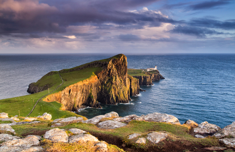 Neist Point, Skye - De wind waaide op het meest westelijke puntje van Isle of Skye zo hard, dat het voelde alsof je adem werd afgesneden. Desondanks g