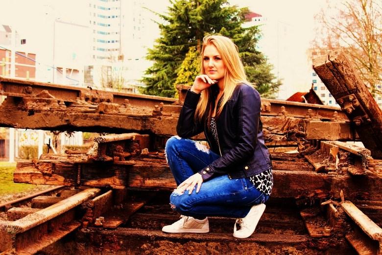Chantal - Chantal bij het oude spoor