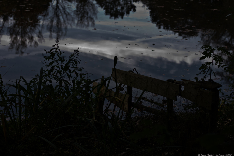 After the lights go down low II - After the lights go down low. Korte serie van drie beelden. Op pad met een 50 mm om te spelen met een zo'n groo