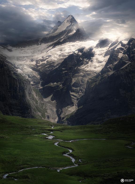 Veins of a mountain - De Schreckhorn in de Zwitserse Alpen.