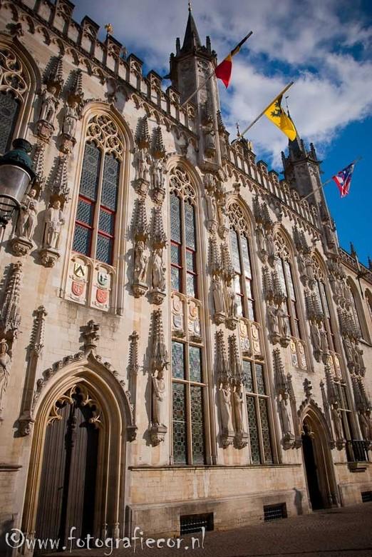 Stadhuis Brugge - Groothoek opname van het stadhuis van Brugge.