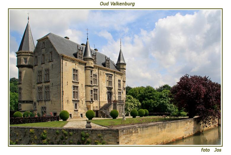 Kasteel Oud Valkenburg - 'n prachtig kasteel in Oud Valkenburg. Bij het kasteel ligt ook een schitterende tuin die geheel door vrijwilligers word
