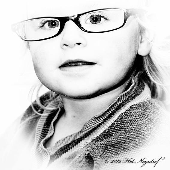 Missie Wisdom - Is deze jonge dame gefotografeerd? of getekend?