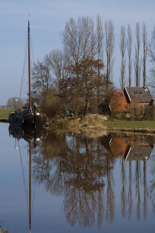 reflectie - Spiegelend water levert een leuke reflectie op.