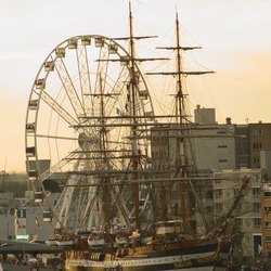 Ferriswheel Sail