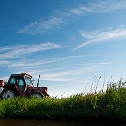 Tractor in Alkmaarse polder