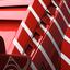 Rood met witte strepen