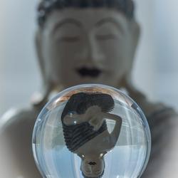 glazenbol boeddha