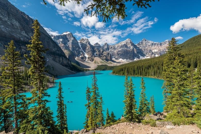 Moraine lake - Het prachtige moraine lake in Canada, een droombestemming voor elke landschapsfotograaf