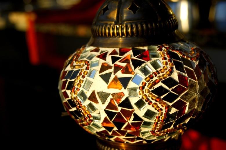 Turkish Delight - Even een turks (wat het ook is...) op de kiek gezet... Mooi met al die glazen stukjes, mijn oog viel er gelijk op...