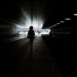 Wandelen naar het licht.
