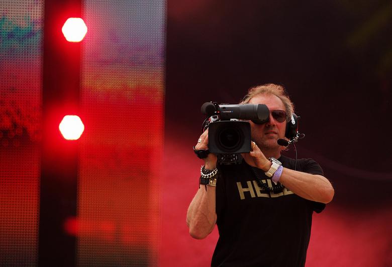 Jij mij filmen ik jou fotograferen - Tijdens de huldiging van de olympiers in Den Bosch.